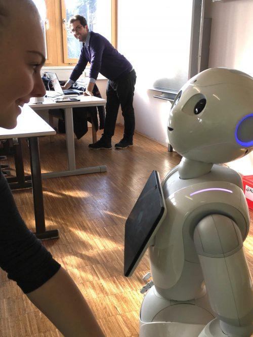 Grundlagen der Programmierung mit Robotern